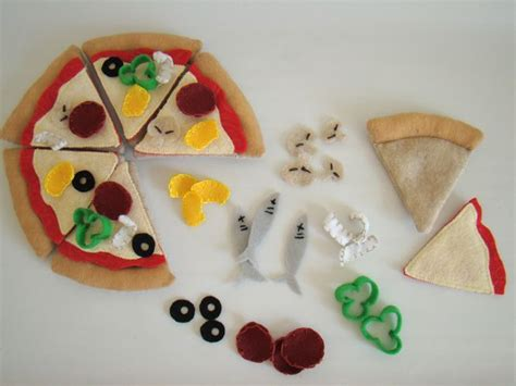 pattern for felt pizza felt pizza kid stuff pinterest