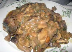 cucinare la lepre lepre in umido con funghi ricetta