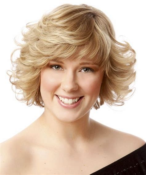 short hair ut feathered off face can i pull off short curly hair hairs picture gallery