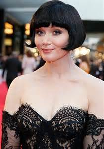 essie davis ob hair red carpet style statement earrings tv week