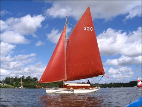 sailing dinghy hire norfolk broads classic sailing boat hire norfolk jpg 868 215 653 classic