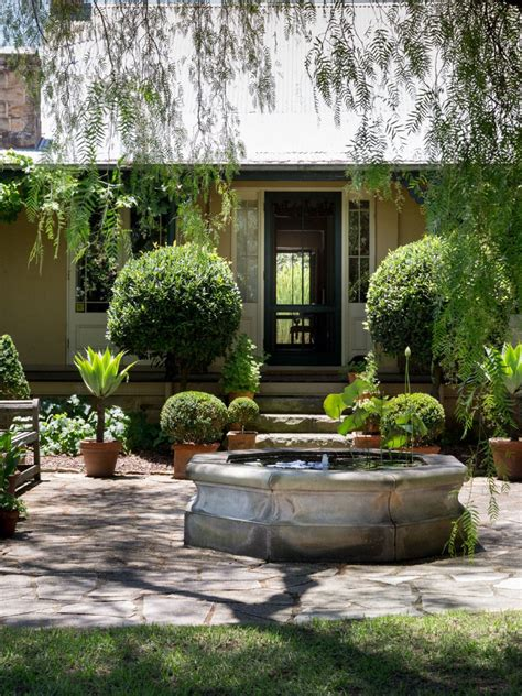 beautiful gardens  glenmore house  rural nsw