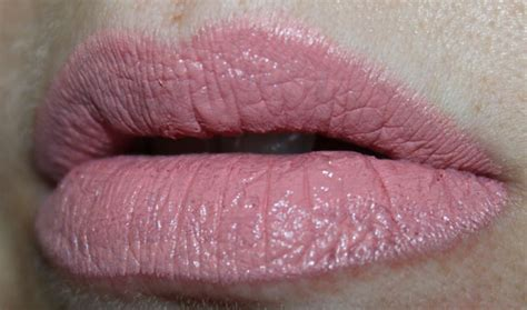 N Wid Megalast Lipstick Think Pink n megalast lipcolor swatches photos review vy varnish