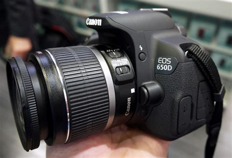 Canon Eos 650d Lensa Kit 18 55mm Is 18 Mp canon eos 650d dslr with 18 55mm is ii lens kit clickbd