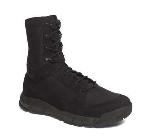 oakley boots editor s review oakley light assault boots