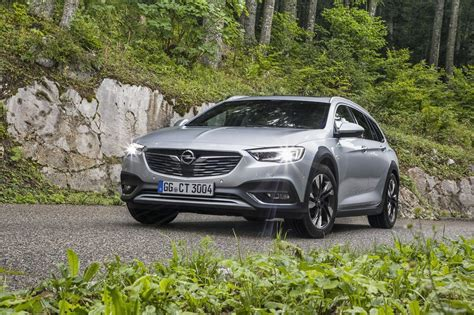 insignia 2017 country tourer salon de francfort 2017 opel insignia country tourer