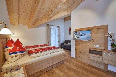 schlafzimmer chalet pension und appartements anny unser chalet