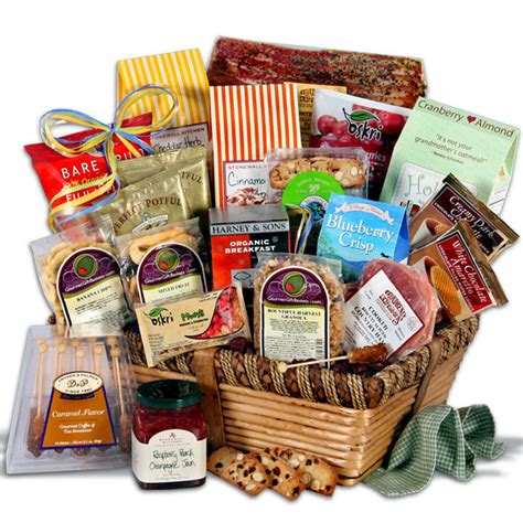 christmas gift for families by gourmetgiftbaskets com