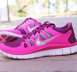 nike shoes sparkly nike shoes pink silver fitness