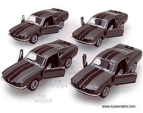 Die Cast Kinsmart Shelby Gt 500 1967 1967 shelby gt500 top 5372dgy 1 38 scale kinsmart