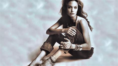 angelina jolie foot tattoo angelina jolie hot sexy images videos and photos
