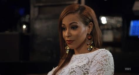 love in hip hop amina hair with red tips quot love hip hop quot new york season 4 episode 2 recap