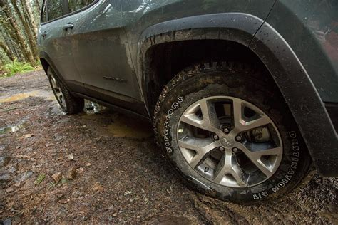 2015 jeep tires 2015 jeep trailhawk review digital trends