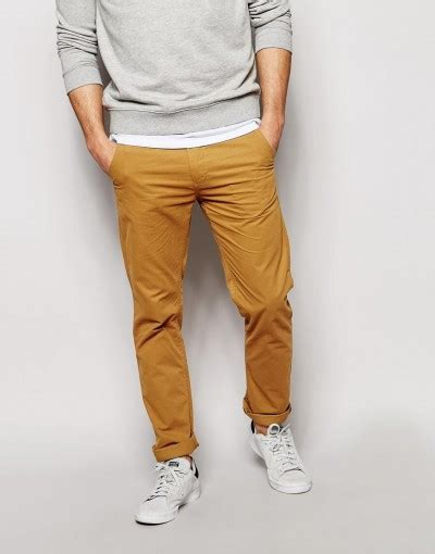 s guide to chinos what are chinos how to wear them