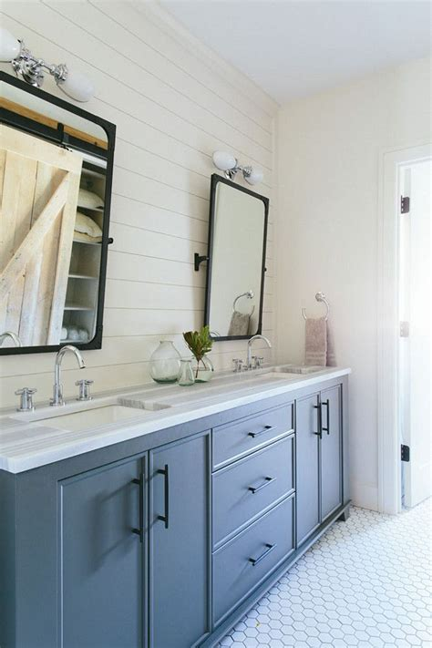 gray blue bathroom ideas best 25 blue gray bathrooms ideas on bathroom