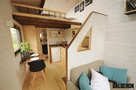 Pare Vapeur 722 by Tiny House Escapade