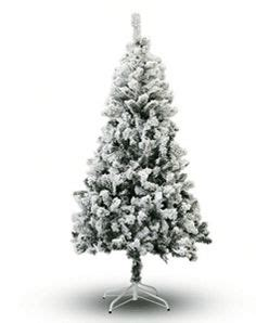 ffsn075 5sn vickerman 4 5 x 41 flocked utica fir tree with 492 pvc tips and metal stand 4 5 green fir