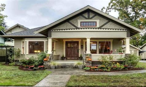 small bungalow homes small craftsman house exterior small craftsman bungalow