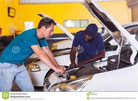 Workshop Garage Plans Man Car Repair Stock Images Image 30458984