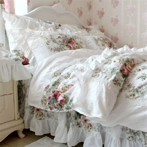 Shabby Chic Bedding Sets by Shabby Chic Bedding For Beginners The Home Bedding Guide
