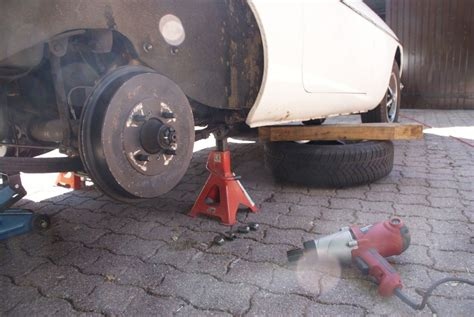 forum mg afficher le sujet forum mg afficher le sujet chandelles pour travailler sous une voiture pas un cric