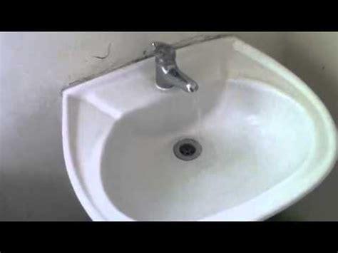 lavamanos con sarro youtube destapando llave con sarro youtube