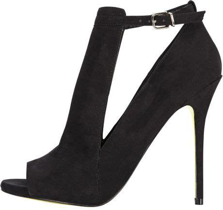 Which Color Flex Color Goes With Dolce Vita Laminate - carvela kurt geiger carvela glance apron front sandal in