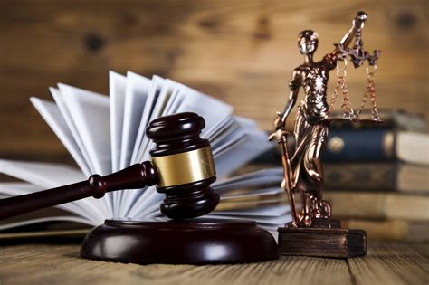 I Need Help Finding A With A Criminal Record 5 Tips For Finding The Best Criminal Defense Lawyer