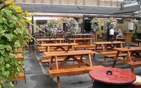 The Living Room Worsley Garden Centre The Living Room Dublin Reviews Menupages Community