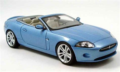 Jaguar Auto Blau by Jaguar Xk Cabriolet Blau 2005 Minichs Modellauto 1 43
