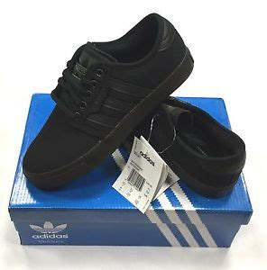 adidas boys skateboard trainers school shoe black lace up size 3 1 2 ebay