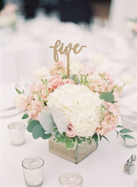 garden wedding flower arrangements 25 best ideas about garden wedding centerpieces on
