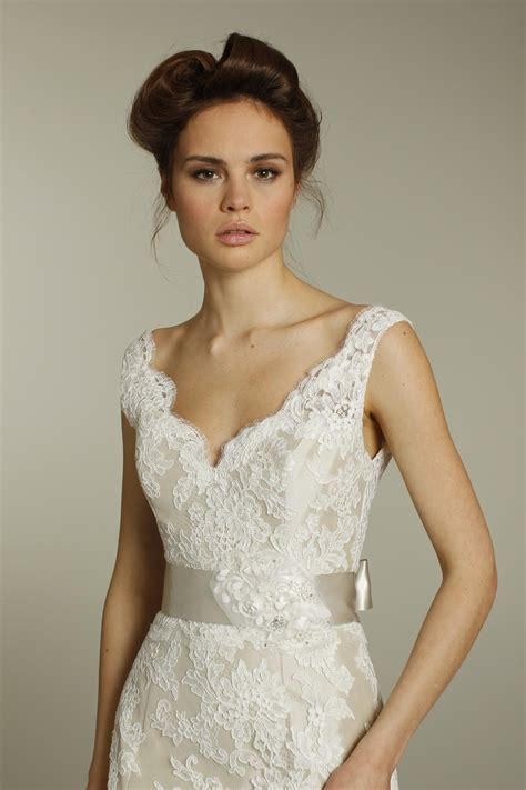 ivory v neck lace wedding dress with chagne