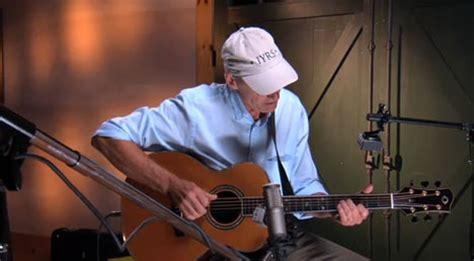 guitar tutorial james taylor james taylor gives free acoustic guitar lessons online