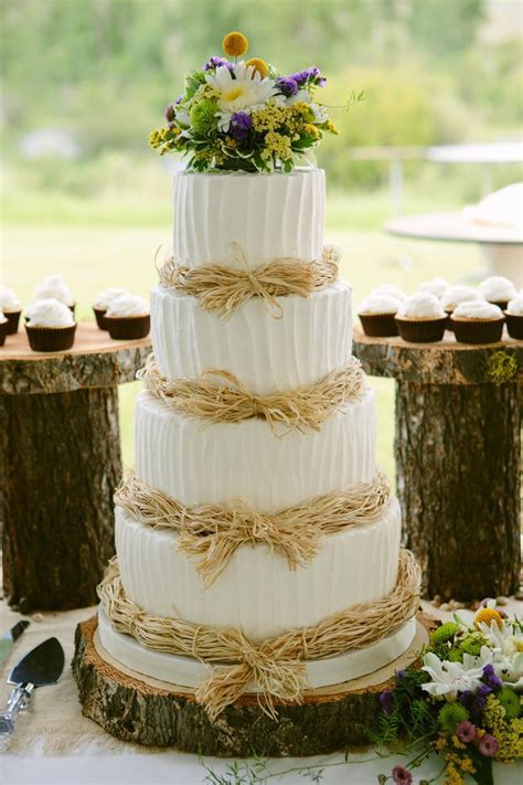7 Beautiful Buttercream Frosted Wedding Cakes   Cakes