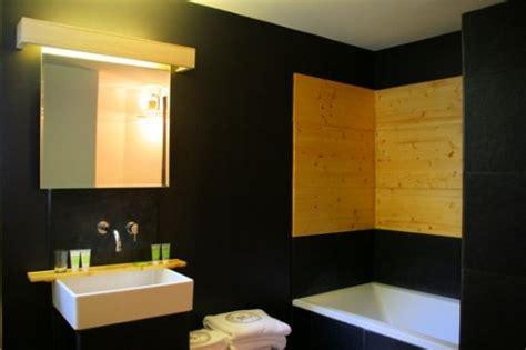 10 x 15 bathroom design 10 beautiful dark bathrooms bob oates