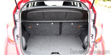 nissan note interior trunk 2015 nissan versa note sr review the automotive review