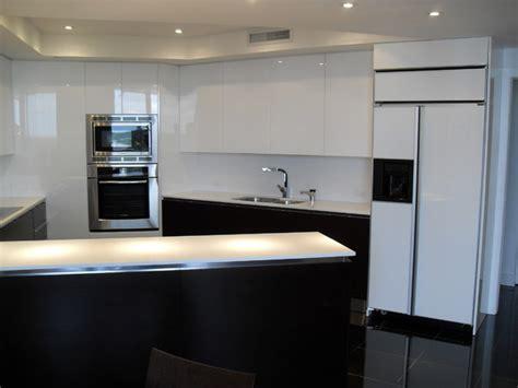 scavolini modern kitchen dark wood glossy white lacquer high gloss white dark wood kitchen modern kitchen