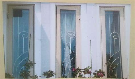 Teralis Jendela Klasik   Jendela Rumah (2252)
