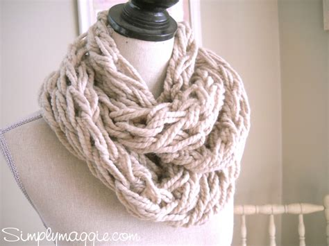how to arm knit an infinity scarf arm knitting tutorial how to simplymaggie