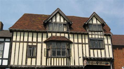 what s that house a guide to tudor tudor houses facts worksheets information for