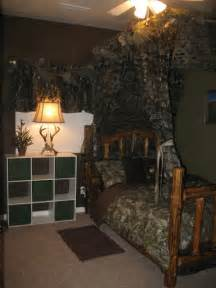 camo bedroom the funky letter boutique how to decorate a boys room in a hunting realtree camo theme
