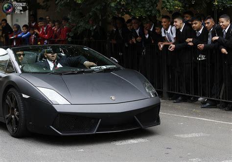 lamborghini prom hire teenagers rent expensive cars to celebrate school
