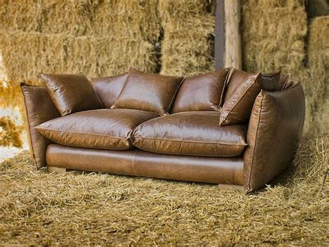 Leather Look Sofas Vintage Style Leather Sofas Could Add To The Retro Look