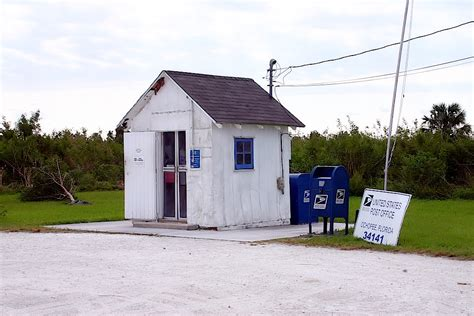Smallest Post Office by Smallest Post Office In The United States Roadside Wonders