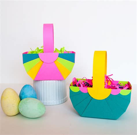 How To Make Easter Decorations Out Of Paper - easy diy paper easter basket and astrobrights paper giveaway
