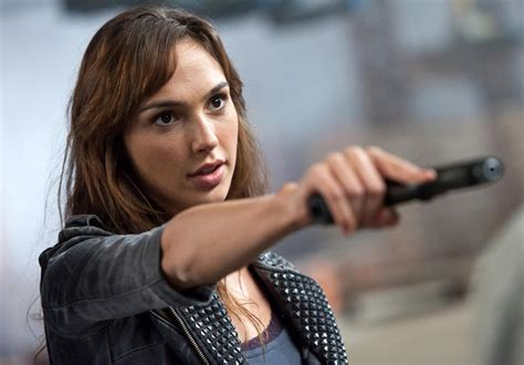 film film gal gadot 2016 movies to geek out for pictures page 34 cnet