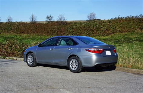 2015 Toyota Camry Le Review 2015 Toyota Camry Le Road Test Review Carcostcanada