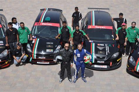 emirates racing emirates racing team flying the flag crankandpiston com
