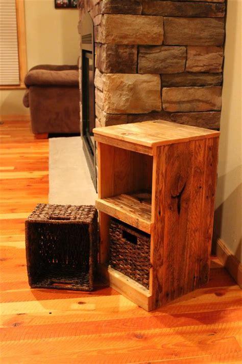 DIY Vintage Pallet Nightstands   Wooden Pallet Furniture